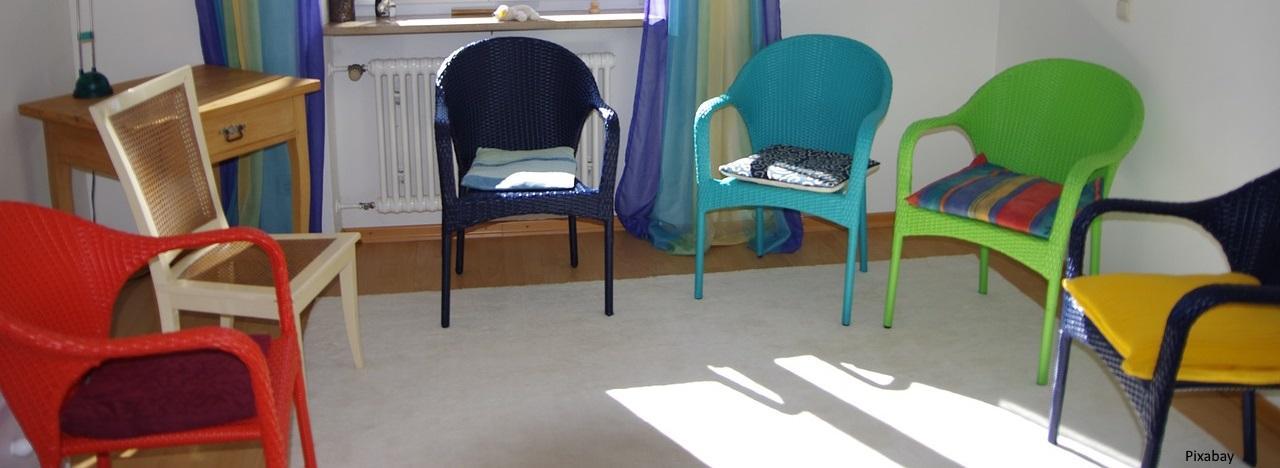 sedie-gruppi-automutuoaiuto